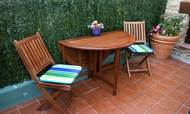Mantenimiento mesa de jard n bricoman a for Muebles bricomania