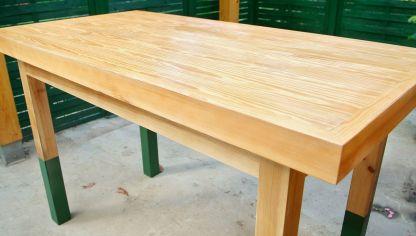 Restaurar una mesa de comedor con barniz tinte bricoman a for Como restaurar una mesa de madera