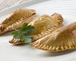 Empanadillas de bacalao con pasas