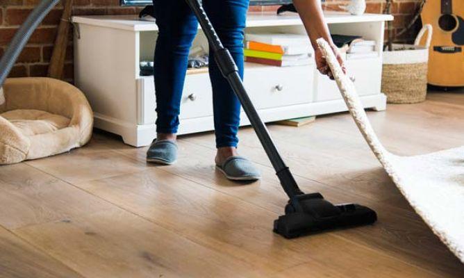 Productos para limpiar el polvo correctamente hogarmania - Productos para limpiar muebles ...