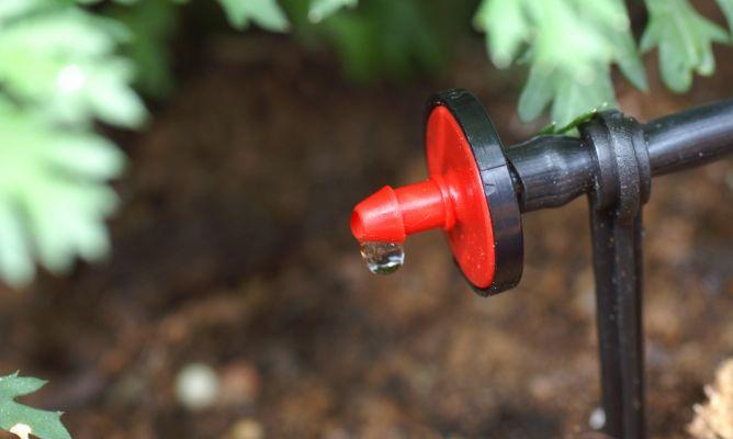Sistema de riego por goteo bricoman a - Manguera para riego por goteo ...
