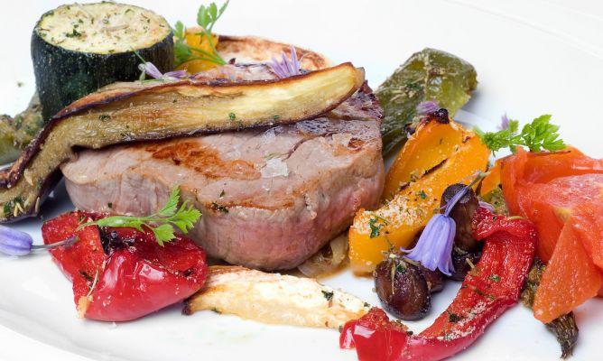 Receta de solomillo de ternera con verduras a la provenzal for Solomillo de ternera