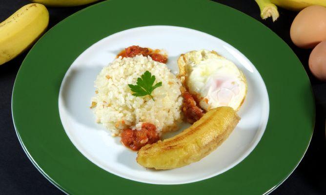 receta de arroz a la cubana con salsa de tomate karlos