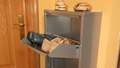 Convertir un armario ropero en un armario zapatero for Mueble zapatero metalico
