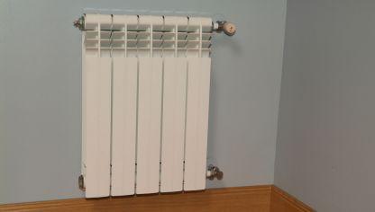 Reparar fuga en radiador bricoman a - Reparar esmalte banera ...