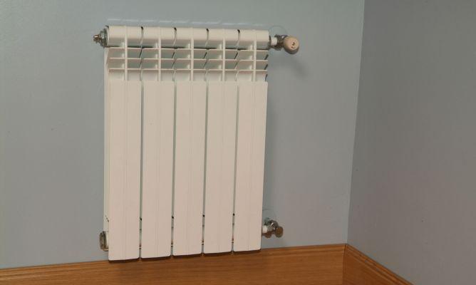 Decorar radiadores stanza con termosifone decorar for Decorar radiadores