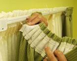 Colocaci n de doble riel de cortina bricoman a - Como colgar unas cortinas ...