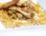 Muslos de pollo con patatas paja