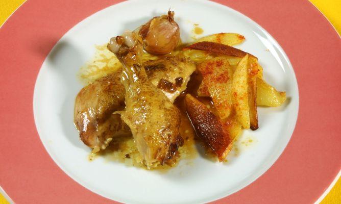 Receta de Pollo asado a la olla con patatas fritas - Karlos Arguiñano