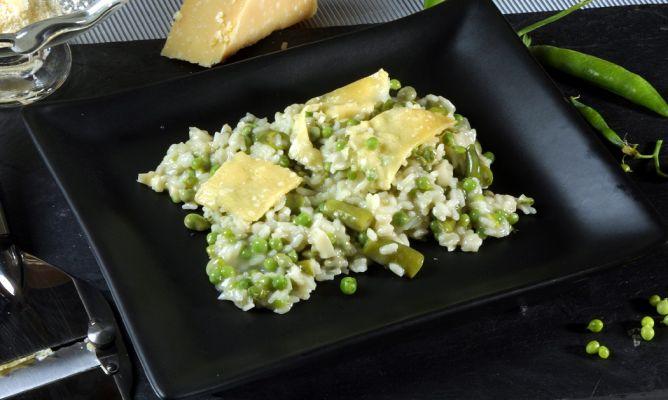 Receta de risotto con guisantes y habas karlos argui ano for Siembra de habas y guisantes