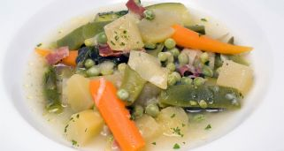Receta de menestra de verduras tradicional karlos argui ano - Menestra de verduras en texturas ...