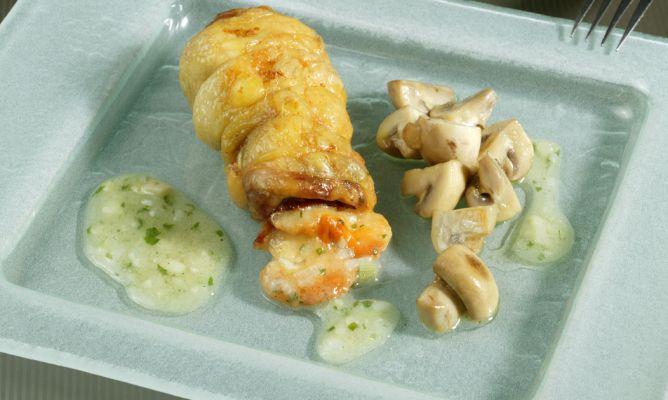 Receta de Muslo de pollo relleno de jamón y queso - Karlos Arguiñano