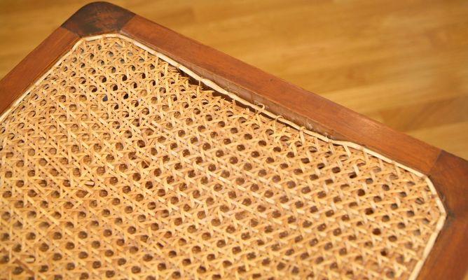 Restauraci n asiento de rejilla bricoman a - Reparacion de sillas de rejilla ...