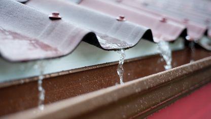 C mo instalar un sistema de riego por goteo bricolaje - Como colocar un canalon ...