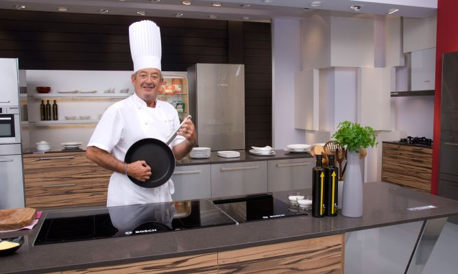 Cocina De Karlos Arguiñano | Chistes De Karlos Arguinano Hogarmania