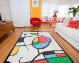 Salón con color y vida