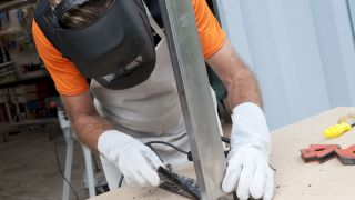 Cómo realizar una soldadura en arco
