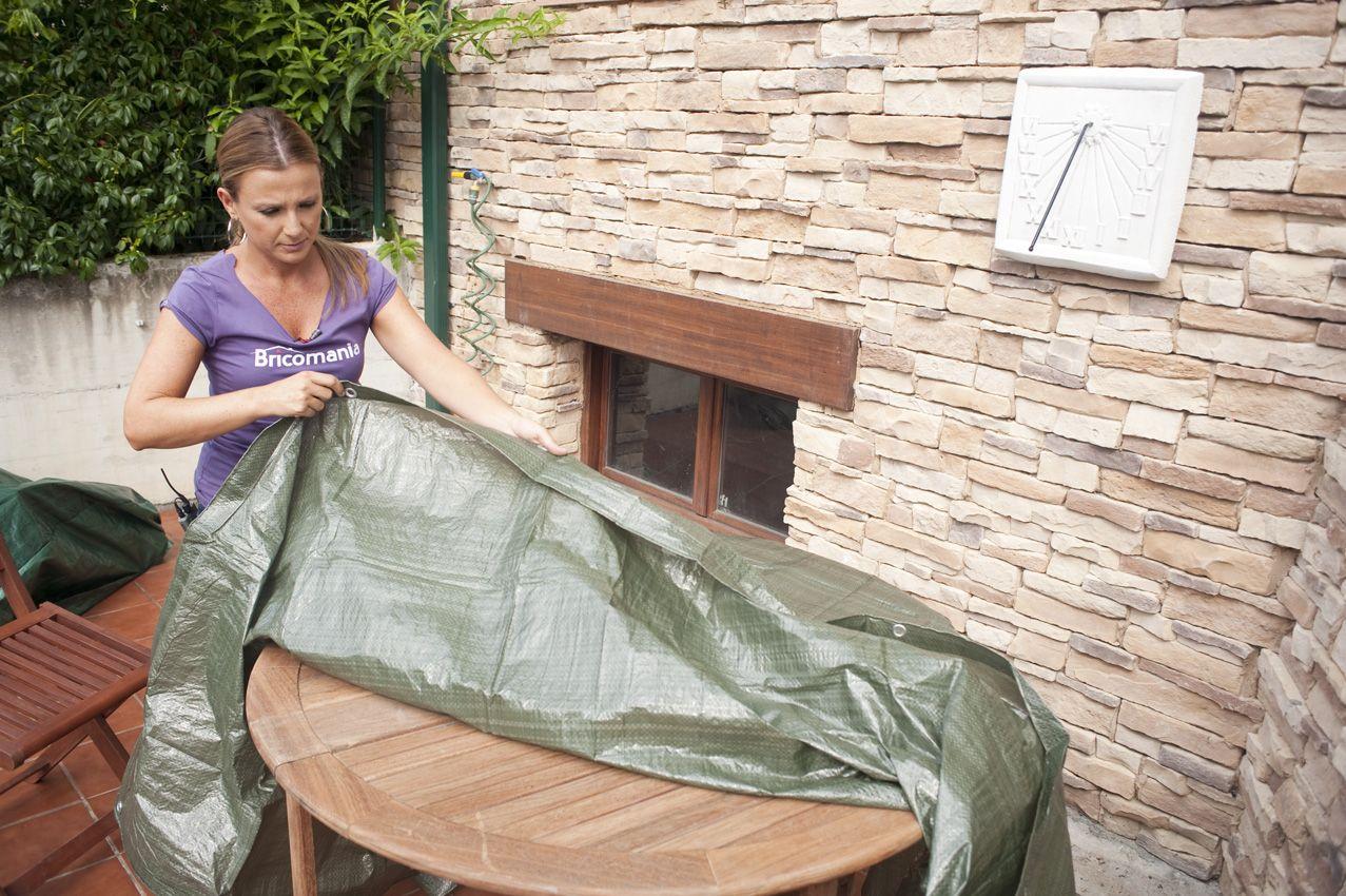 Proteger los muebles con fundas o bolsas