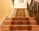 Seguridad infantil, escaleras y entrada del hogar