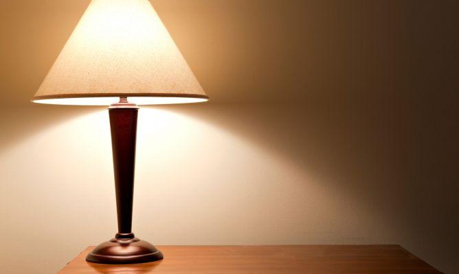 Image gallery lampara - Lamparas con madera ...