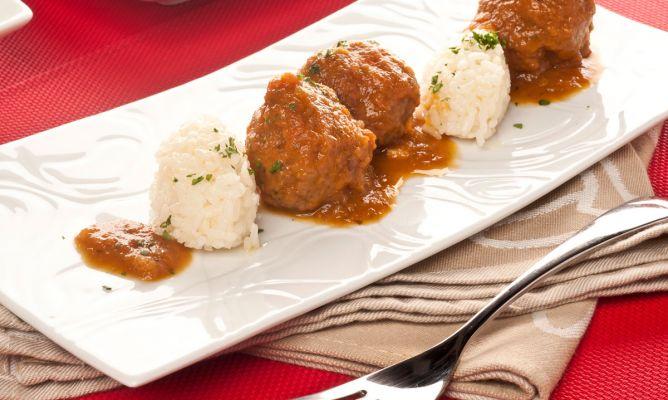 Receta de alb ndigas de verduras con arroz bruno oteiza - Albondigas con verduras ...