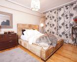Dormitorio de estilo colonial