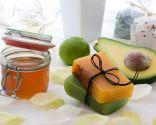 Jabón natural exótico con aceite de ylang-ylang