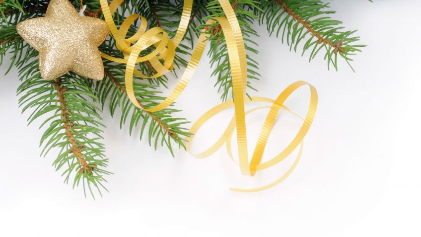 Adornos reciclados para el rbol de Navidad Hogarmania