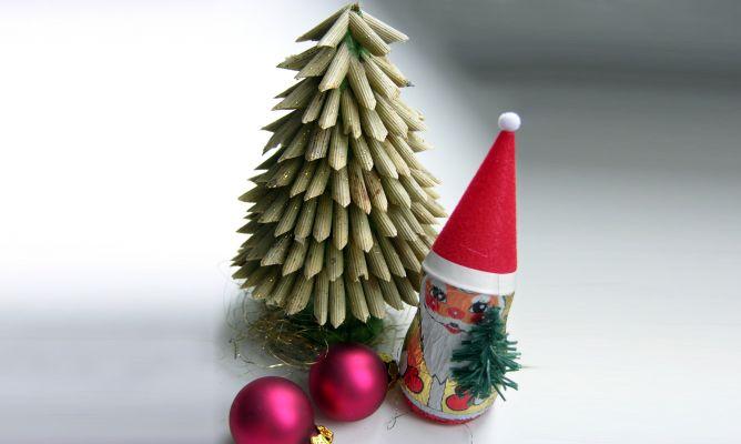 Rbol de navidad de macarrones hogarmania - Manualidades de arboles de navidad ...
