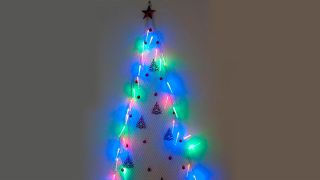 Árbol navideño de malla