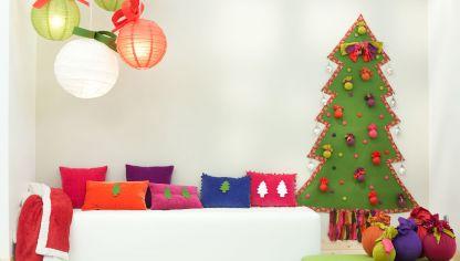 Ideas Como Decorar De Navidad La Pared Detras Del Arbolito