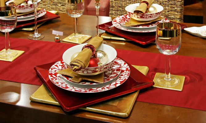 Ideas para decorar la mesa en navidad hogarmania - Decoracion de navidad para mesas ...