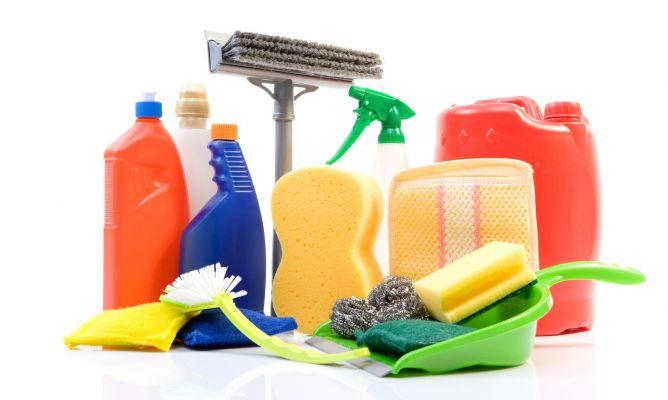 Productos de limpieza qu y cu ndo utilizar hogarmania - Limpieza general de la casa ...