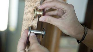 Instalar mirilla para mejorar la seguridad del hogar