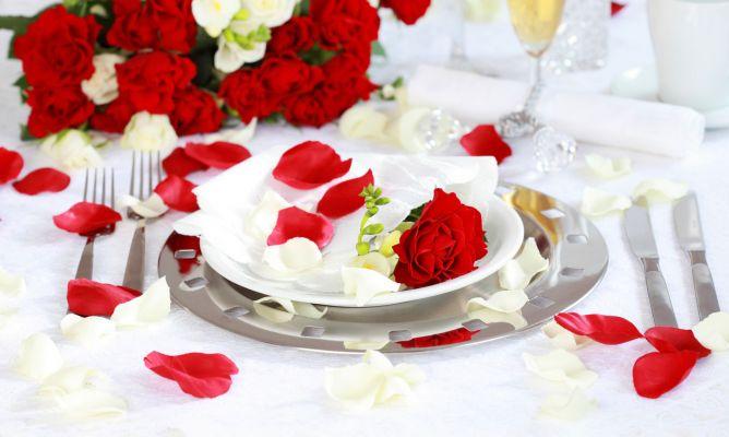 Decorar mesa rom ntica para dos hogarmania - Decoracion cena romantica ...