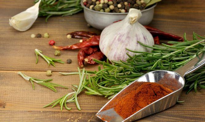 Verduras y hierbas arom ticas para cocinar sin grasa for Plantas aromaticas para cocinar