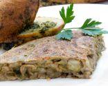 Tortilla de champiñones con pan de ajo