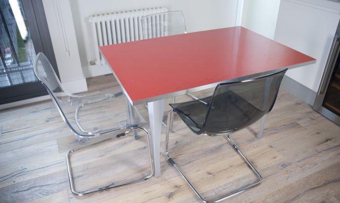 C mo montar una mesa desmontable bricoman a for Como montar una mesa