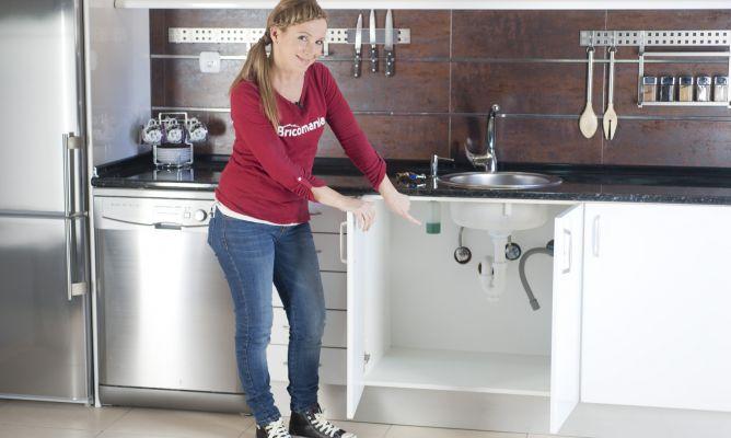 C mo instalar un electrodom stico parte 1 bricoman a for Mueble para lavadora y lavavajillas