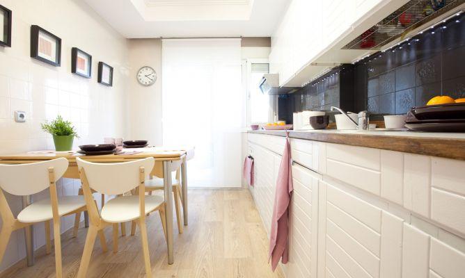 Como cambiar cenefa de cocina sin obra perfect quitar - Cambiar suelo cocina sin quitar muebles ...