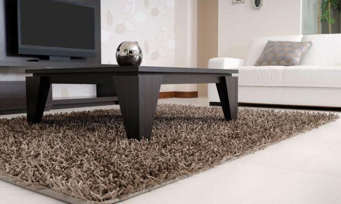 Pautas para elegir bien una alfombra hogarmania for Alfombra verde para jardin