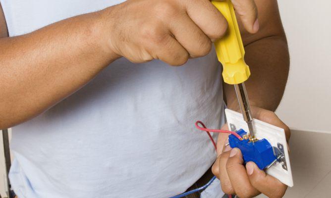 Colocar un regulador de luz hogarmania for Interruptor regulador de luz