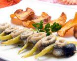 Brocheta de anchoas y guindillas