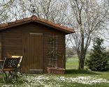 barnizar caseta de jardín