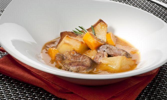 Receta de carne guisada con patatas en la olla r pida bruno oteiza - Patatas en olla rapida ...