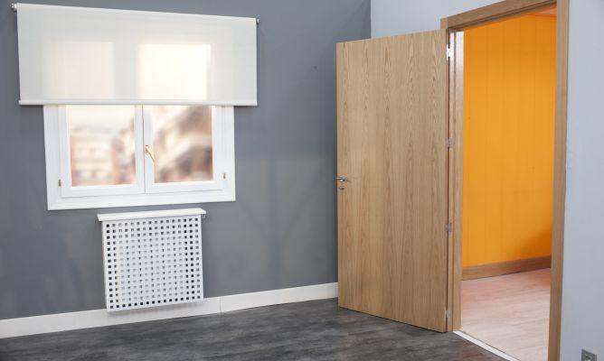 C mo sustituir una puerta por otra m s ancha bricoman a - Que colores pegan ...