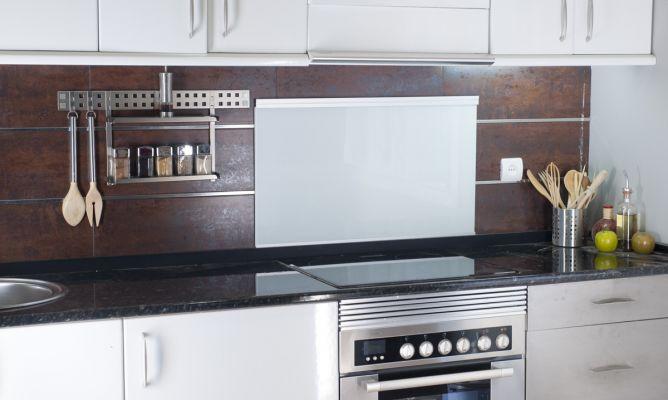 Protector para el frente de la cocina bricoman a - Frente cocina cristal ...