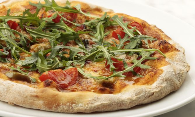 Recetas de pizza casera para una comida informal hogarmania for Recetas cocina casera