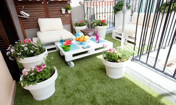 Decoracion de jardines y terrazas csped artificial en la - Decoracion de terrazas y jardines ...