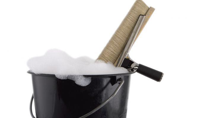 Limpiar las ventanas como un profesional hogarmania - Herramientas para limpiar cristales ...